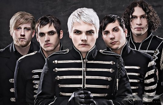 MyChemicalRomance-TheBlackParade